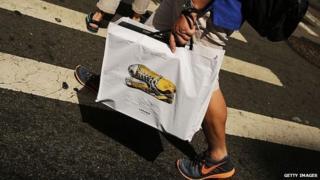 New York shopper