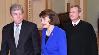Presidente de la Corte Suprema llega al Senado