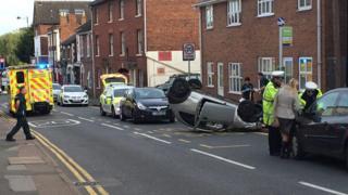 Crash in Old Road, Linslade, Leighton Buzzard