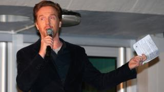 Damian Lewis speaking at the 50th anniversary of the Acland Burghley School