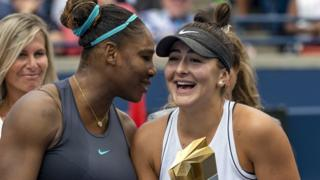 Serena Williams talks with winner Bianca Andreescu at the Rogers Cup