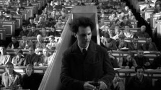 """""""Національність не має жодного значення: геній - завжди іноземець"""" - так Ілля Хржановський говорив про грека Теодора Курентзиса, якого обрав на роль радянського єврея Льва Ландау"""