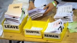 Zona eleitoral durante o plebiscito britânico