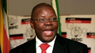 Polisi ya Zimbabwe ishinja Bwana Biti guhembera ibikorwa by'urugomo