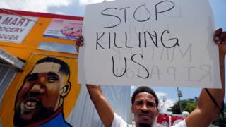Manifestante en Luisiana.