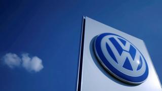 فولکس واگن پرفروشترین خودروساز جهان شد