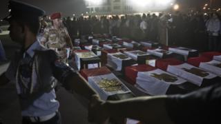 أكفان قتلى من الشرطة المصرية في سيناء