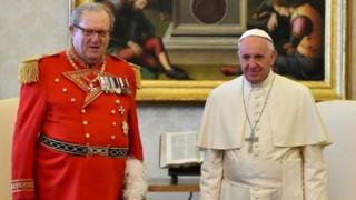 Mathew Festing na Papa Francis
