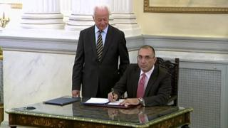 Dimitris Kammenos being sworn in