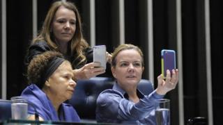 Senadoras Regina Sousa (PT-PI); Gleisi Hoffmann (PT-PR) e Vanessa Grazziotin (PCdoB-AM)