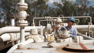 長江實業已經擁有多間澳洲基建公司的股權,範圍包括供電、供水和天然氣供應,覆蓋澳洲大部份州份。