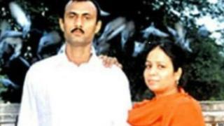 સોહરાબુદ્દિન શેખ અને તેમના પત્ની કૌસરબીનો ફોટોગ્રાફ