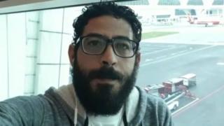 シリア難民のコンタールさんは、クアラルンプール空港で足止めされ寝泊りしている。コンタールさんは、ツイッターで自分の状況を世界に訴えている。
