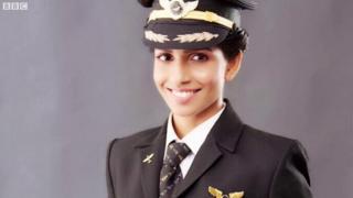 सबसे युवा पायलट एनी दिव्या