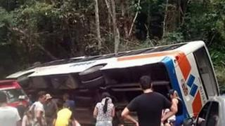 Bus crash on road near the Brazilian colonial era town of Paraty