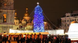 Запалення новорічної ялинки на Софіївській площі у Києві