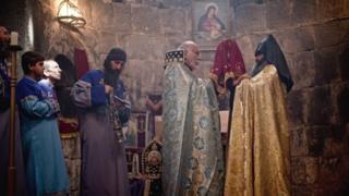 церемония в монастыре Армении