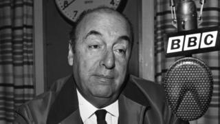 Pablo Neruda en una entrevista para la BBC en 1965.