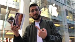 Mazen Kourouche, Apple Store in Sydney in 2018, with iPhone XS