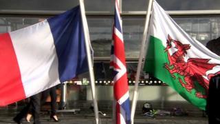 Tricolor, Union Jack, Welsh flag