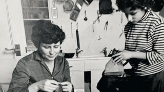 Jenny Diski (right) with Doris Lessing (left)