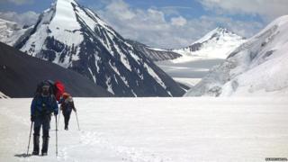 साउथ आर्गन हिमनदीवरचा परिसर