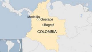 Six personnes sont mortes et plusieurs autres sont portées disparues après un naufrage dans le lac de Guatapé.