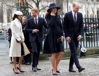 Принц Уильям с женой и принц Гарри с невестой