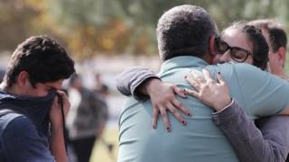 تیراندازی زمان رخ داد که والدین فرزندانشان را به مدرسه می آوردند