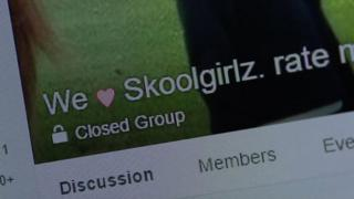 Grupo secreto de Facebook