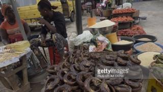 Wata kasuwar kayan abinci a Nijeriya