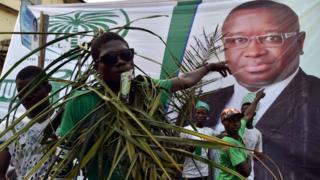 mada bio, président sierra leone, investiture, des morts à l'investiture
