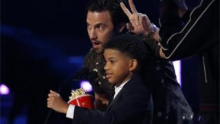 "Milo Ventimiglia and Lonnie Chavis accept the award for Best Tearjerker for ""This Is Us."""