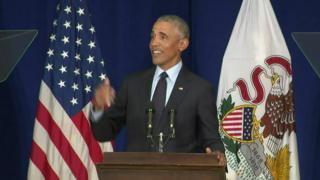 اوباما به منتقدان جوان ترامپ: بجای گله کردن رأی بدهید