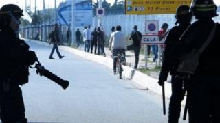 Abenshi mu bimukira bari Calais bashaka kujabuka mu Bwongerza