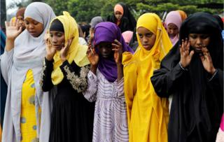 Muslims attend Eid al-Fitr prayers to mark the end of the holy fasting month of Ramadan at the Sir Ali Muslim Club Ground in Nairobi, Kenya June 15, 2018