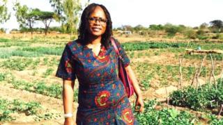 Un communiqué du ministère soutient que la gestion sévère de Mme Dabo a empêché le service de fonctionner correctement.