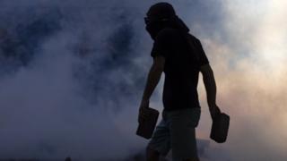 ?Chile hoje é um país zumbi?: a visão de colunista do país em crise
