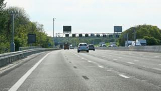 M25 near Clacket Lane services