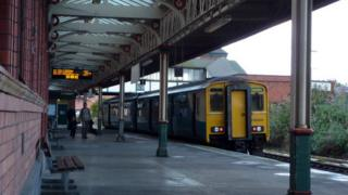 Train at Llandudno Junction station