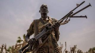 Dagaallada sokeeye ee South Sudan malaayiin qof ayaa ku barakacay