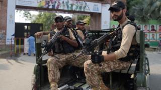 Pakistani soldiers (file photo)