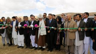 رئیس جمهور غنی کار ساختمانی جاده یکاولنگ _ دره صوف را امروز افتتاح کرد