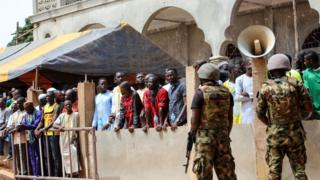 Gambie, police, manifestations