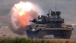 Russian T-80 tank firing, 23 Aug 17