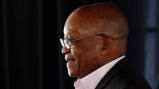 Jacob Zuma ngo yoba ashaka kuva muri Afrika y'epfo akaja kwibera i Dubai