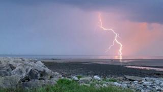 in_pictures Lightning in Barrow-in-Furness