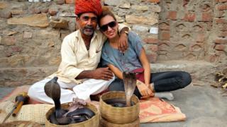 Туристам порой очень трудно понять, что имеют в виду эти странно качающие головой индийцы