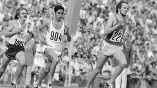 Lasse Virén kicks for gold in the 1972 men's 10,000 meter race.