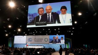 El presidente de la COP24, Michal Kurtyka, habla durante una sesión final de la Conferencia de Cambio Climático de la COP24, Estados Unidos, 2018 en Katowice, Polan